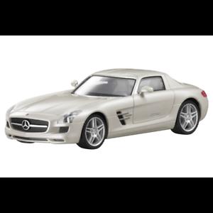 Mercedes-Benz-Modellauto-1-87-PKW-SLS-AMG-C197-weiss-B66960024