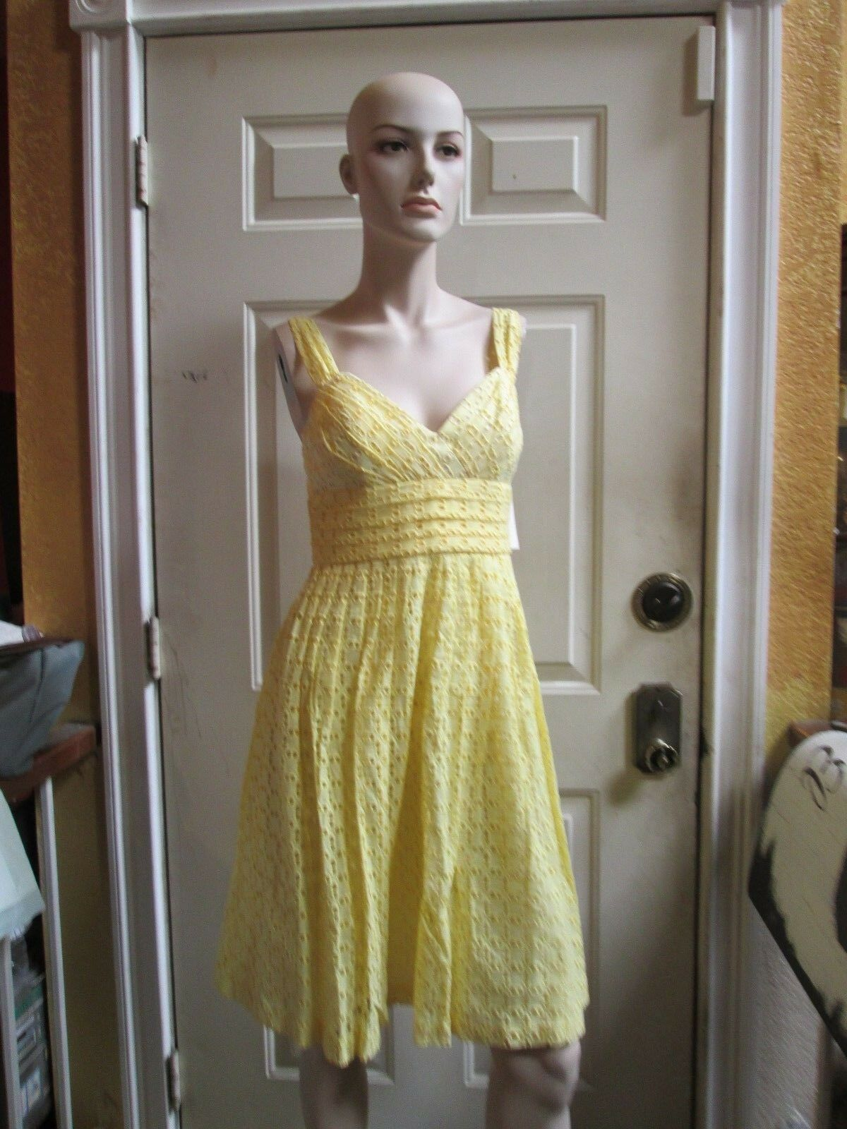 6996a96c Nwt SHOSHANNA Anhtropologie designer Yellow COTTON Eyelet sheath dress Sz 6
