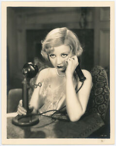 Pouty-Red-Lipped-Alice-White-w-Candlestick-Telephone-Original-1929-Photograph