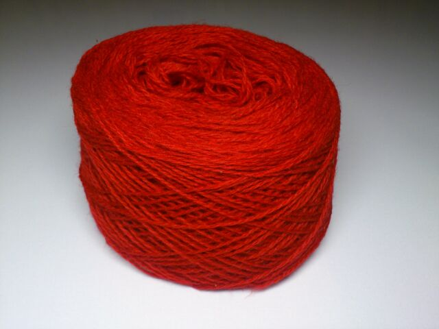 100g and100% PURE Quality 2ply LAMBSWOOL, DK for hand and machine knitting