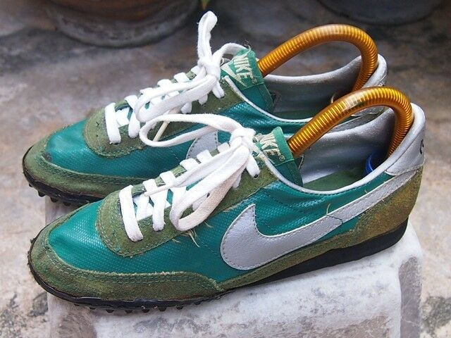 VTG Unknown 80's Made in Rep of Korea Size 7us Running Waffle Trainer Astro RARE