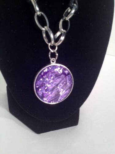 """NWT Ling Purple Glass Pendant on Cord Chain 10/"""""""