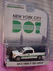 Greenlight 2015 Ford F-150 Lariat NYC DOT Blue Collar Collection R1 1:64