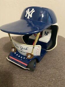 Rare 2000 DANBURY MINT New York Yankees Bullpen Cart/Car