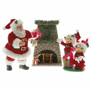 Dept-56-Possible-Dreams-Disney-Mickey-And-Santa-Hang-The-Perfect-Wreath-6003418
