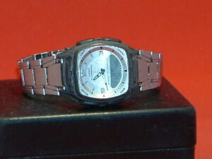 Pre-Owned-Casio-AM-81-Alarm-Telememo-World-Time-Analog-Digital-Watch