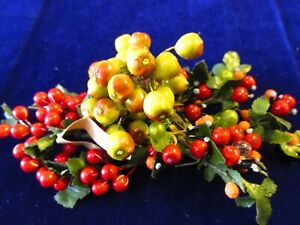 Vintage-Millinery-Flower-Fruit-Collection-Green-Red-Berry-3-8-5-8-034-German-H3121