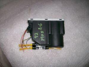 Mercedes Benz W124 W201 190E Central Locking Vacuum Pump