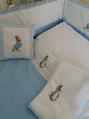 Coussin couverture polaire Lit bébé Set Peter Rabbit Nursery Paquet couches Stacker