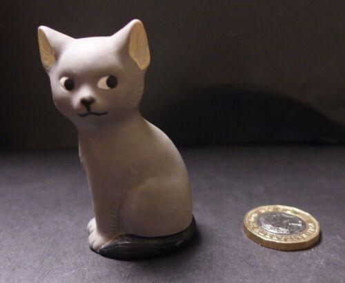 1980s rubber sitting cat mini figures choose black or grey