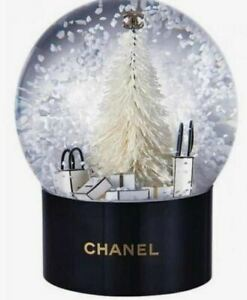 Preloved-like-New-Christmas-Cystal-Ball