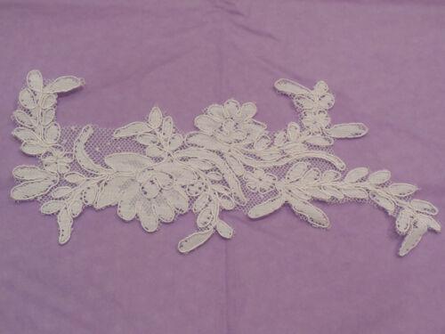 An ivory bridal cord floral lace applique ivory tulle lace motif Per piece