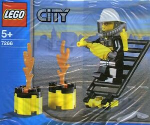 LEGO City #7266 - Fireman / Pompier - Promotional Collector 2005 - RARE - SEALED