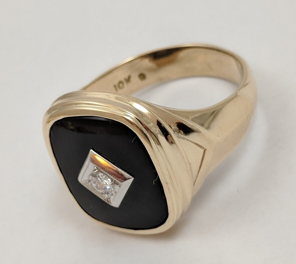 10K YELLOW gold ONYX DIAMOND RING