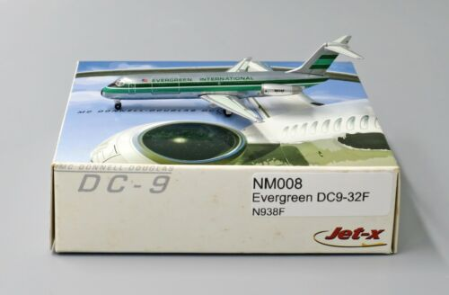 Evergreen DC9-32F Reg:N938F Scale 1:400 Net models Diecast NM008