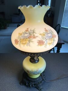 Vintage-L-amp-L-WMC-1971-Hurricane-Parlor-Electric-Table-Lamp-Gone-With-The-Wind