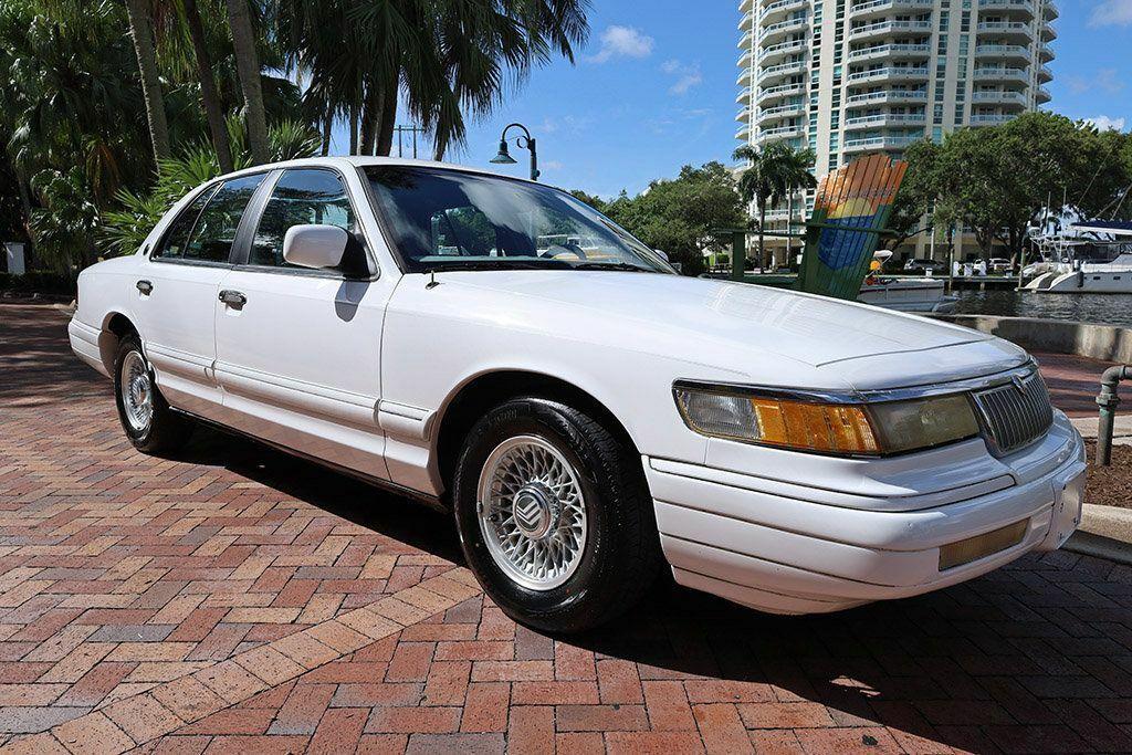 1993 Mercury Grand Marquis 4dr Sedan LS