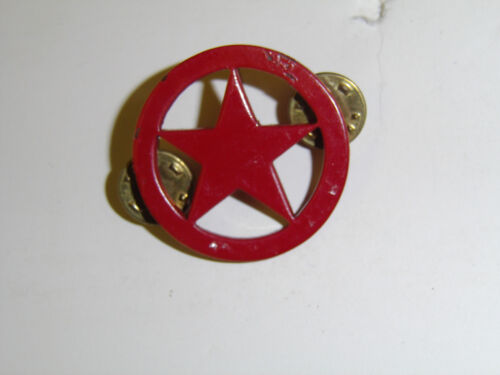 b7416 1980/'s  OPFOR Opposition Forces Beret Badge Red Star A9B3