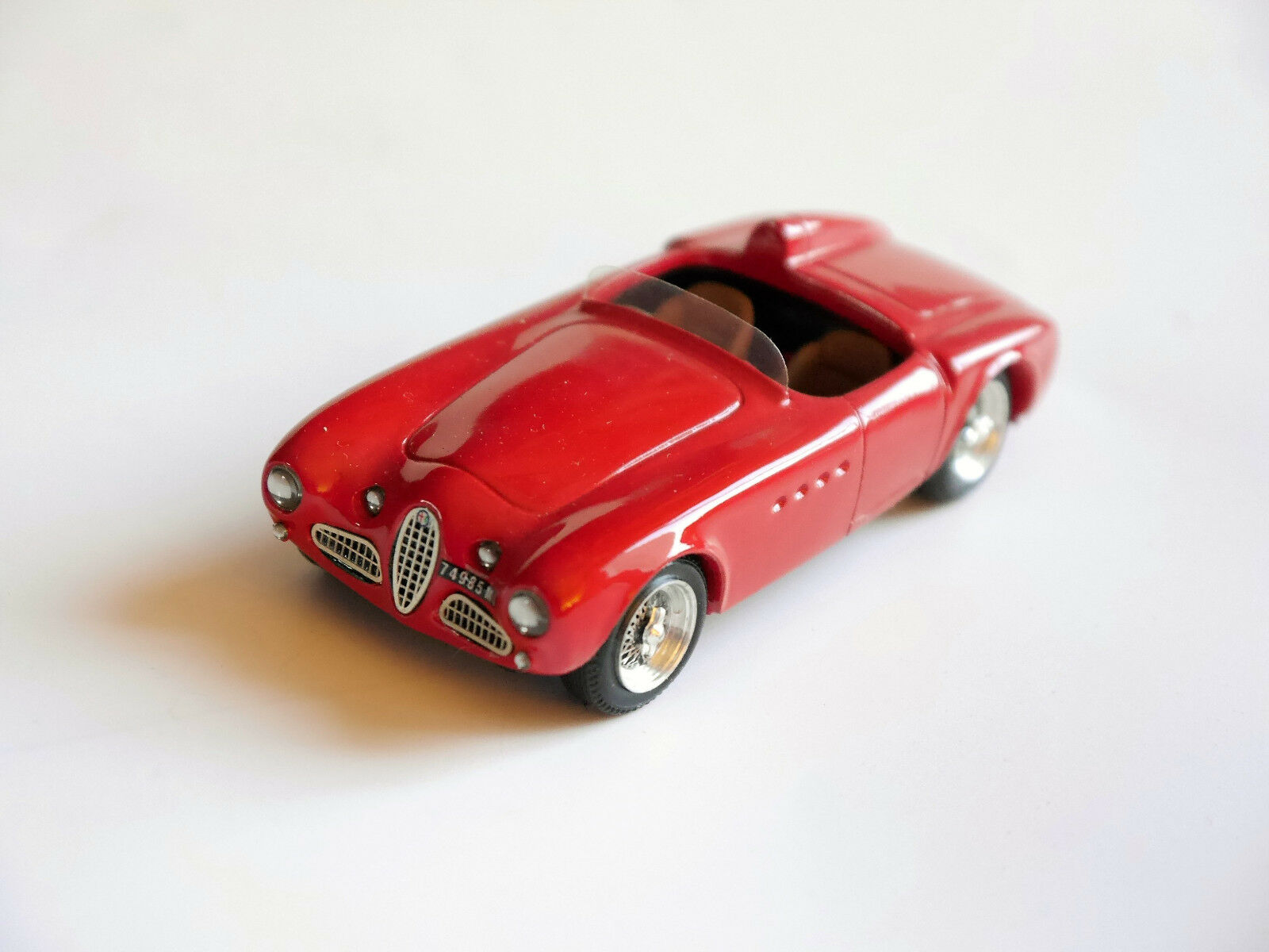 Alfa romeo vignale spyder rot - rot 412 rot, top - modell sammlung 1 43
