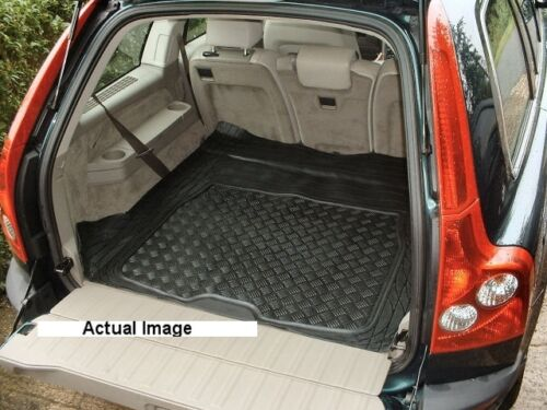 Volvo XC90 Estate Rubber Boot Mat Liner Options and Bumper Protector