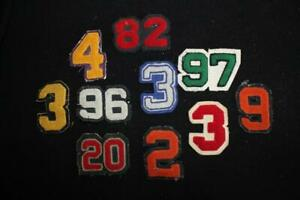 18 SMALL VINTAGE 1960'S-1970'S NUMBER AND LETTER PATCHES