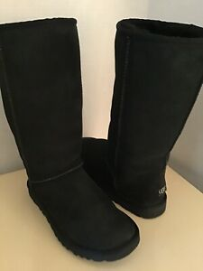 Uggs Australia women Classic Tall 5815 black suede boots US size 7 Euro 38