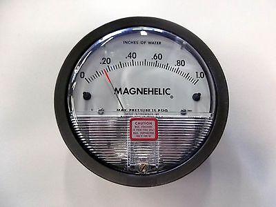 """Dwyer 2000-00 Magnehelic 0-0.25/"""" w.c Pressure Gauge NEW NIB Magnahelic gage"""
