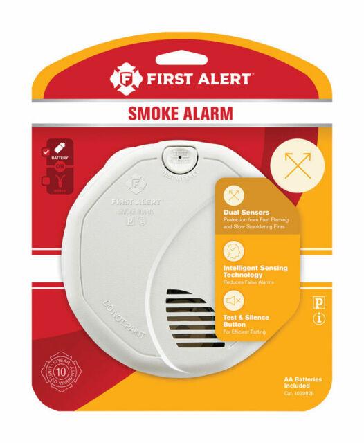 FIRST ALERT  Battery  Ionization / Photoelectric Sensor  Smoke Alarm