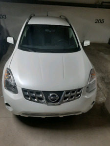Nissan Rogue 2011 9000$ Fixed Price - Rebuilt