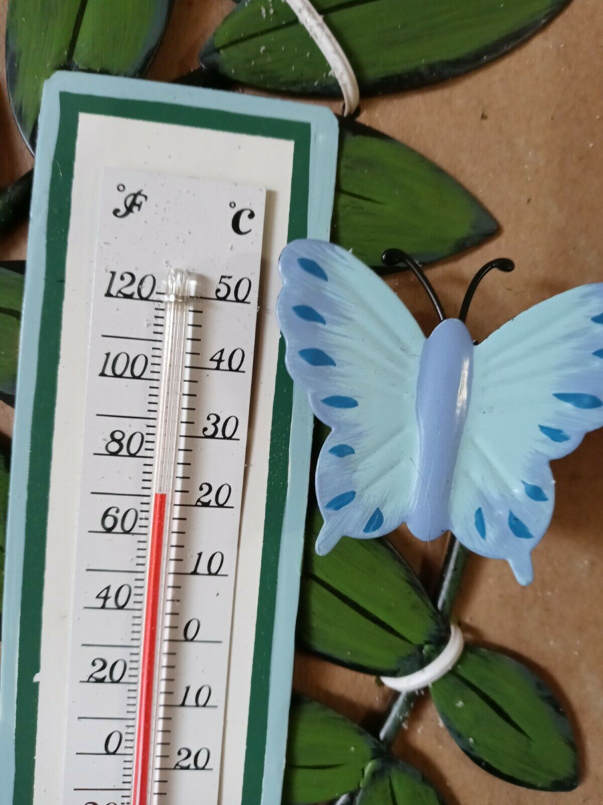 Avon Green Leaf Outdoor Thermometer Ladybug & Butterfly New in Box 9