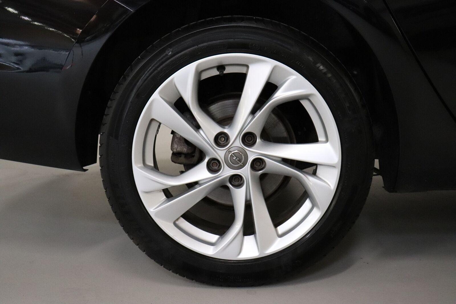 Opel Astra 1,6 CDTi 110 Edition Sports Tourer