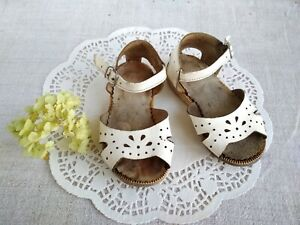 e2108f3acf6de Vintage Soviet White Sandals US 8 Leather Baby Shoes Perforated ...
