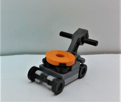 Landscaper Garden Mini Figure FUN IN THE PARK LEGO City Custom LAWN MOWER