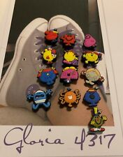 Lot of 13 FAST USA SHIPPING SUPER MARIO BROS w SONIC shoe charms//cake toppers!