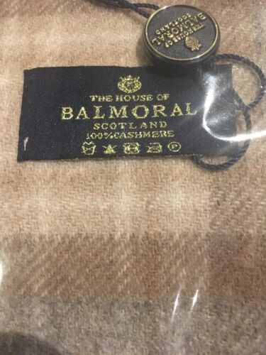 The House Of Balmoral cashmere scarf new with tags Check Natural Mackekellar