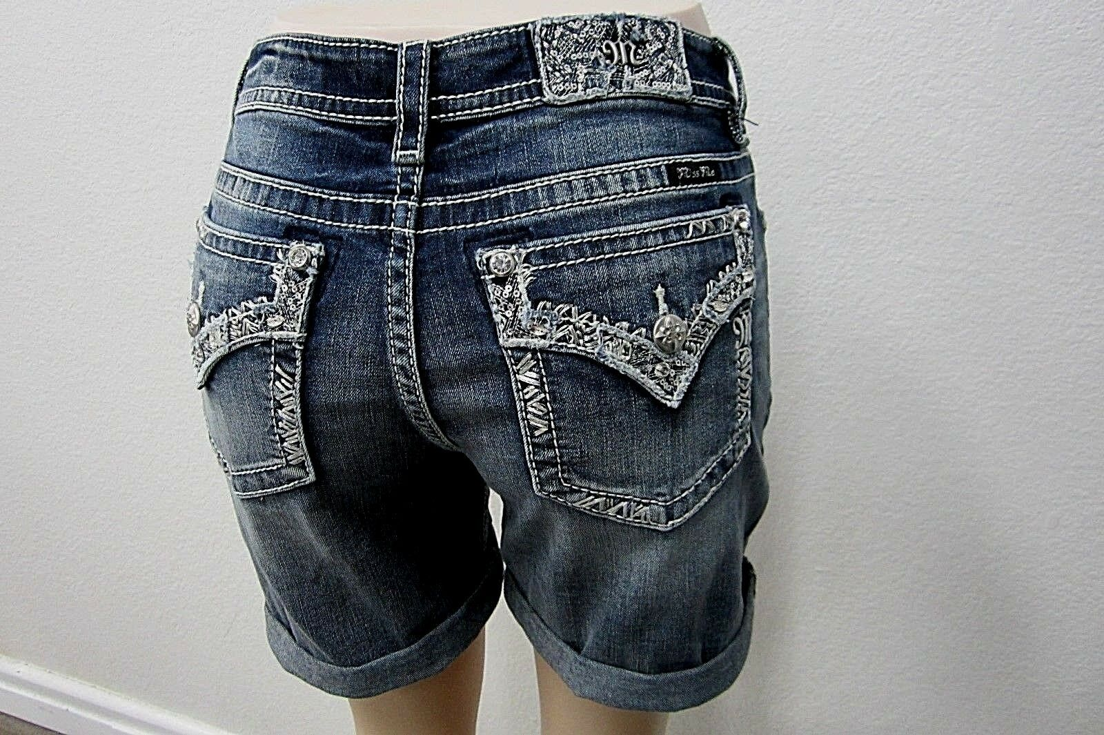 NWT Miss Me Cute Women's Mid Rise Denim Shorts M3196D Size 30 x 6