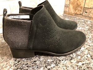 Toms Deia Perforated Zip Ankle Bootie