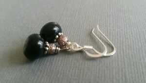 Black-beaded-earrings-dangle-taupe-silver-silvertone