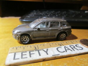 MATCHBOX-2011-Porsche-Cayenne-Turbo-4Door-SUV-Scale-1-64-Loose-NO-BOX