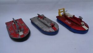 Vintage-Dinky-Toys-SRN6-Hovercraft-290-1x-in-good-condition-2x-with-defects