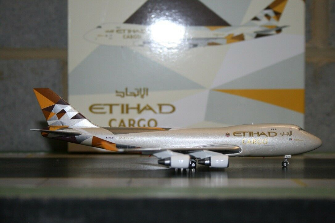 Phoenix 1 400 Etihad Cargo Boeing 747-400F N476MC (PH11094) Die-Cast Model Plane