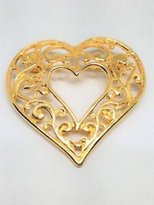 Gold-tone-Filigree-Open-Heart-Vintage-Pin