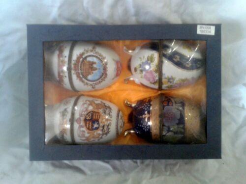 Porzellan Eier Set von 4 St im O.Karton  Einzelstück  Dosen Töpfe /& Zierschalen