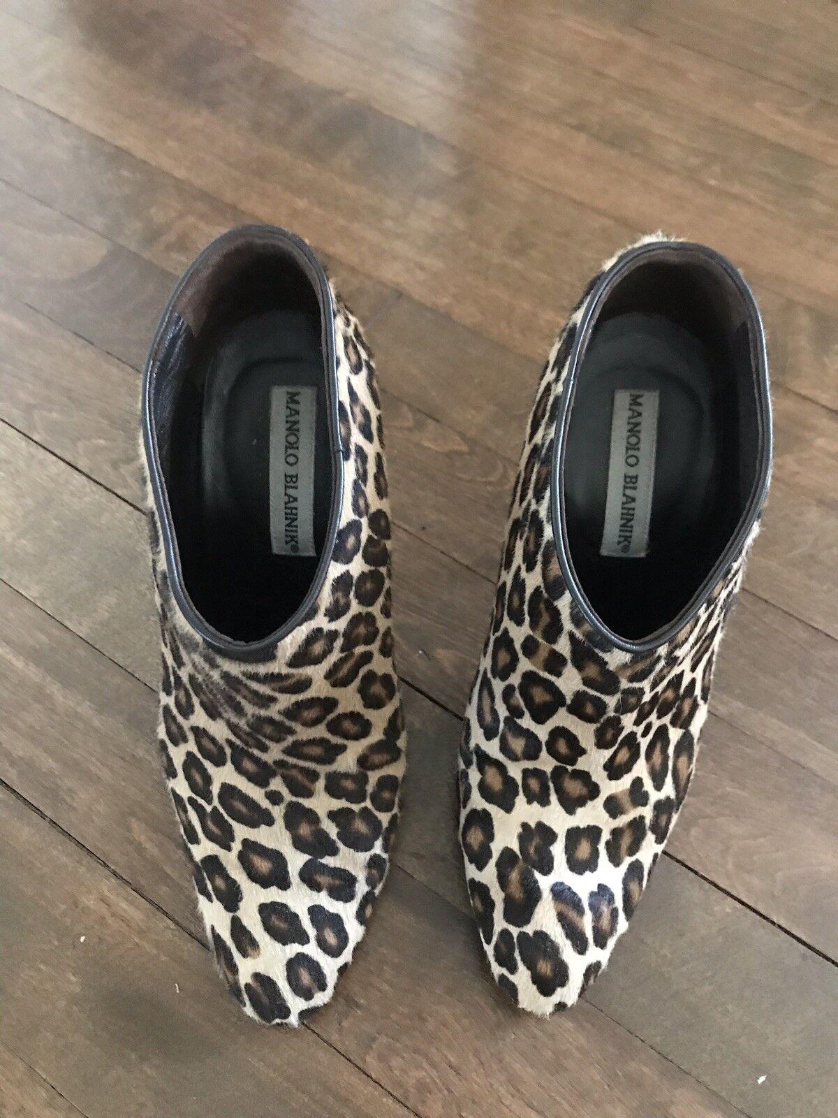 MANOLO BLAHNIK braun Ponyhair Leopard Print Ankle Ankle Ankle Stiefelies 36 0961fe