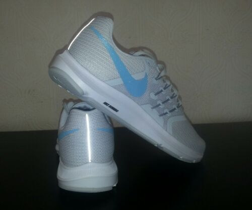 Trainers Noir 8 5 Uk Gym New Run Femmes Hommes Gris Nike Running qET1S8