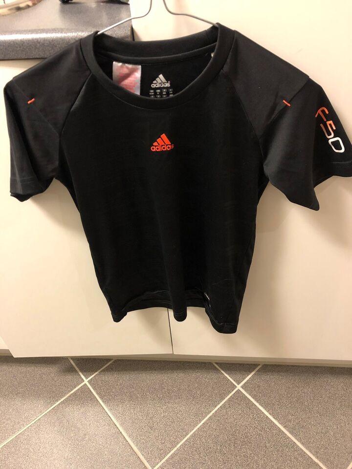 c29a5ba0be3 Fritidstøj, T-shirt, Adidas – dba.dk – Køb og Salg af Nyt og Brugt