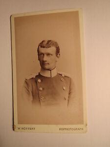 Berlin-Soldat en uniforme-épaule gueule GENERAL?-CDV-afficher le titre d`origine