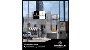 HURBAN RENTA edificio sobre Colosio con estacionamiento.