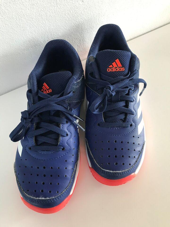 Håndboldsko, Indendørssko, Adidas