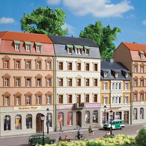 Auhagen-13336-voie-TT-Maison-de-ville-Marche-2-neuf-emballage-d-039-origine